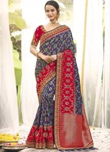 Banarasi Silk Saree With Decent Work Border And Contrast Heavy Work Blouse Piece