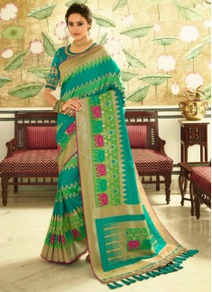 Banarasi Silk Saree With Zari Weaving And Contrast