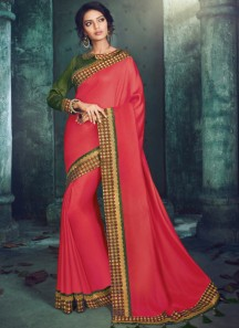 Decent Border Saree With Contrast Blouse