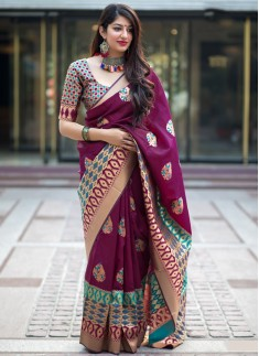 Decent Look Party Wear Banarasi Silk saree