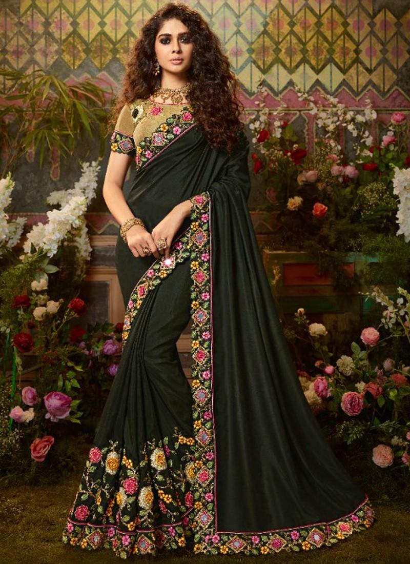 Decent Look Silk Fabric Saree With Contrast Fancy Blouse Piece