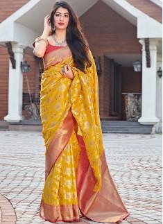 Decent Look Soft Silk Weaving Saree With Contrast Blouse Piece