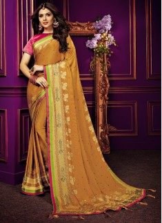 Decent Print Saree With Contrast Diamond Work Blouse Piece