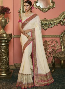 Decent Small Border Saree With Fancy Blouse Piece