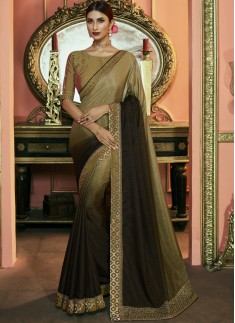 Decent Small Border Saree With Fancy Contrast Blou