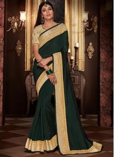Decent Soft Silk Saree With Contrast Blouse piece