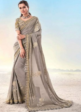 Designer Cutwork Border Saree With Soft Crep Material Including Fancy Blouse Piece