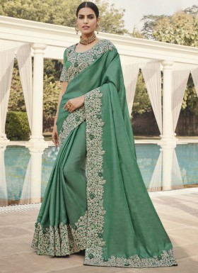 Different Cut Work Border Soft Silk Saree With Heavy Blouse Piece