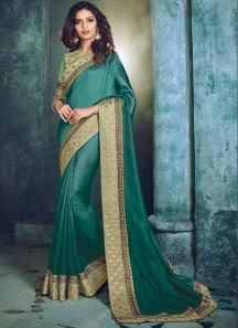 Elegant Border Saree With Contrast Blouse Piece