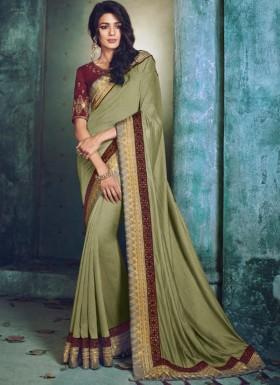 Elegant Border Saree With Contrast Heavy Blouse