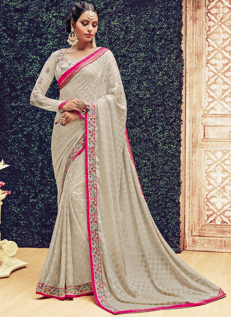 Fabulous weawing saree with exclusive border and heavy blouse for Exclusive bordering