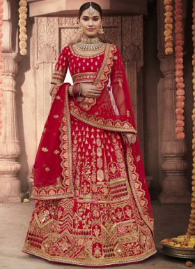 Gorgeous Bridal Lehenga Choli In Unique Work Including Net Dupatta