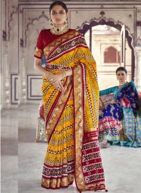 Patola Print Decent Look Saree With Contrast Blouse Piece