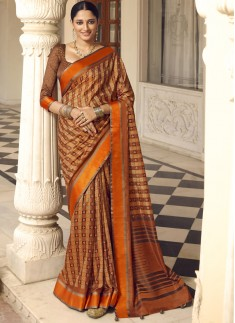 Traditional Patola Print Saree With Contrast Printed Blouse Piece
